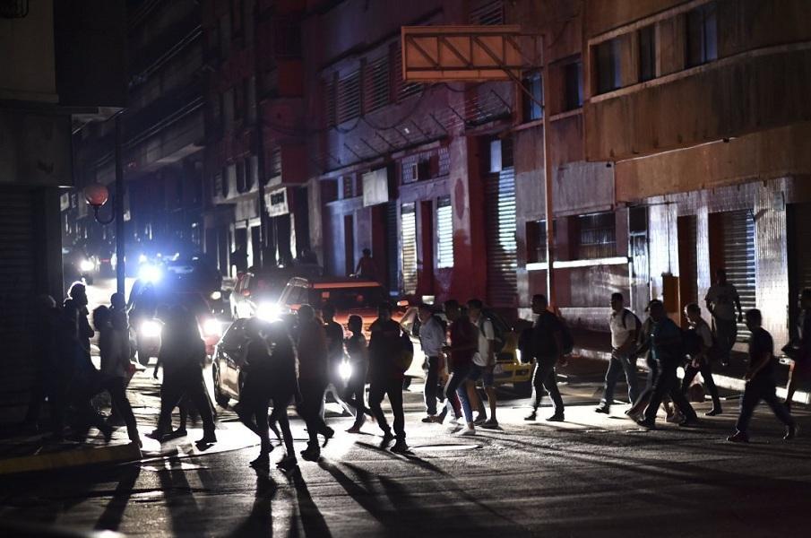 قطع برق در ونزوئلا منجر به مرگ 15 بیمار شد