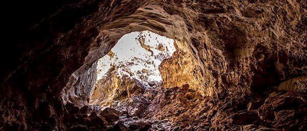 سفری کوتاه به زیبایی های طولانی ترین غار نمکی جهان