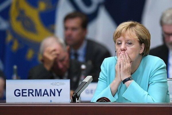 آنگلا مرکل: اروپا هنوز به خودکفایی دفاعی نرسیده است