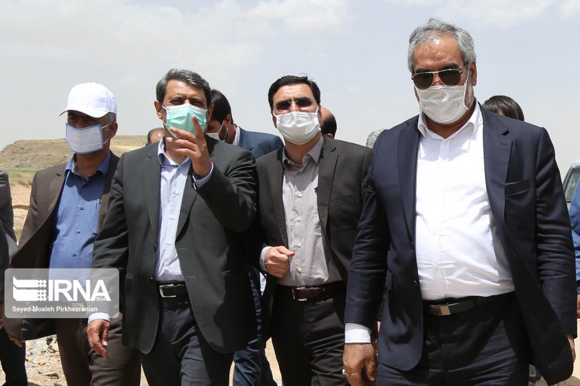 خبرنگاران عملیات احداث ایستگاه راه آهن سنندج - همدان