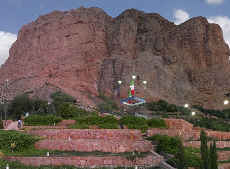 گشت و گذاری در مجموعه تفریحی کوه صفه اصفهان