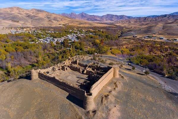 قرار بود این قلعه از هتل عباسی اصفهان پیروز تر گردد