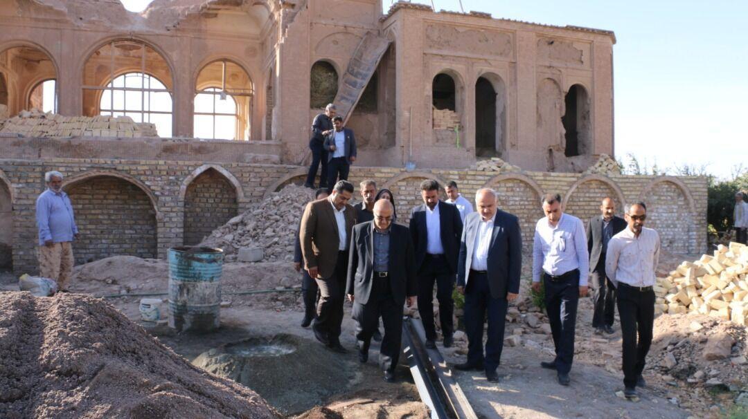 خبرنگاران استاندار: بازسازی باغ سالار کلانتر کرمان سال جاری به انتها می رسد