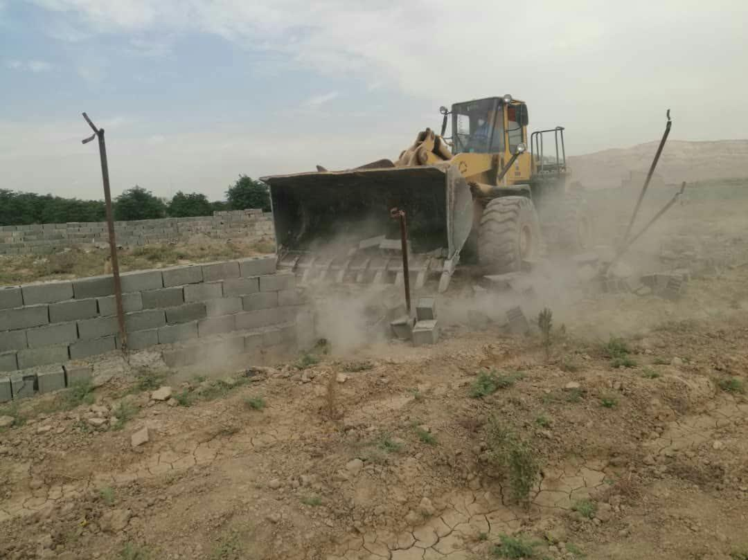 خبرنگاران آزاد سازی 60 هزار مترمربع از اراضی کشاورزی ورامین