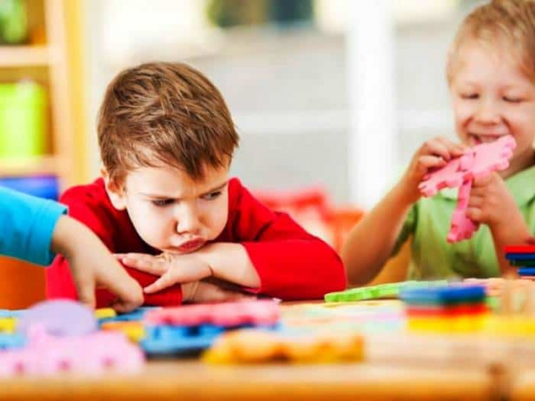 بهانه گیری کودکتان دلیلی دارد و راه حلی