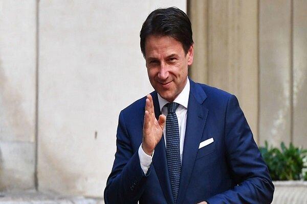 نخست وزیر ایتالیا کناره گیری می نماید
