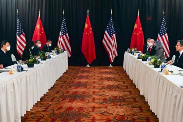 مشاجره علنی مقام های آمریکایی و چینی در اولین ملاقات رسمی