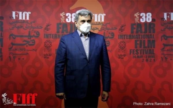 شهردار تهران از سی وهشتمین جشنواره جهانی فیلم فجر بازدید کرد