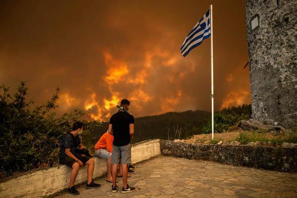 جهنمی به نام یونان